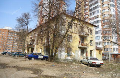 ul-1-ya-oranzhereynaya-32a фото