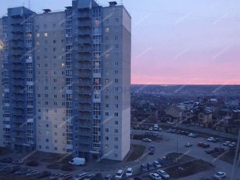 трёхкомнатная квартира на улице Верхне-Печёрская дом 9