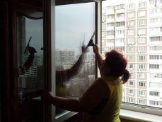7 способов быстро помыть окна без разводов