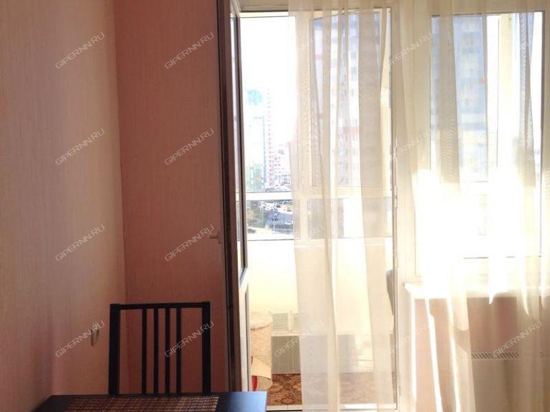 однокомнатная квартира на сутки на набережной Волжская дом 23