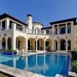 7 самых роскошных домов российских знаменитостей