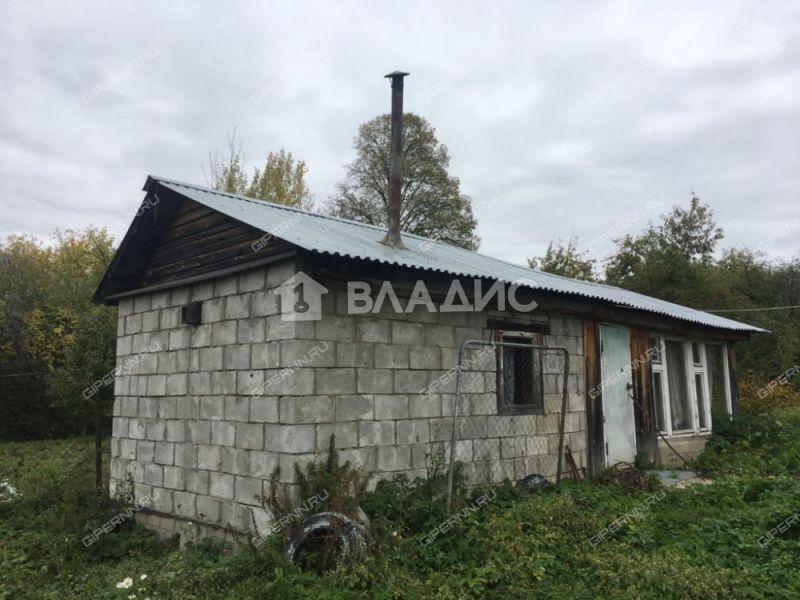 дом на  деревня Крутец